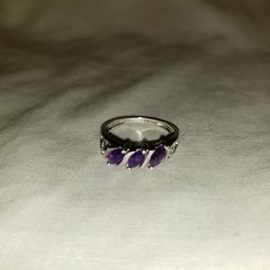 Jewelry - Womens beautiful sterling silver ring
